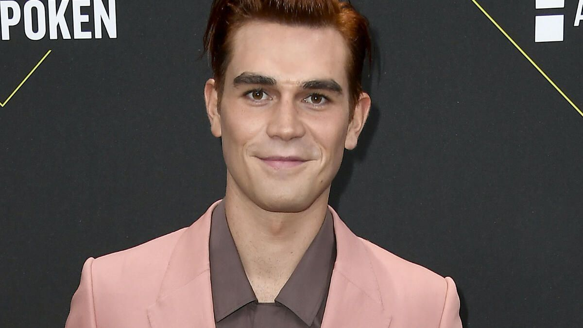 Riverdale season 5 character preview: Archie Andrews - Page 3