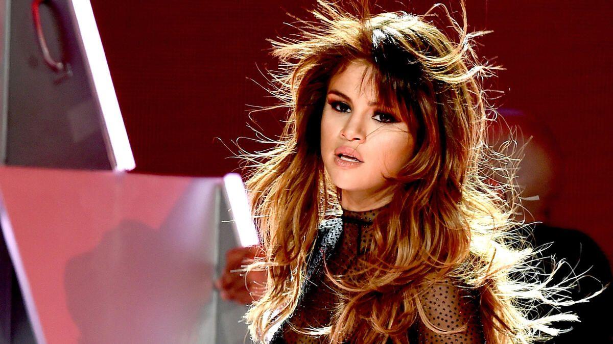 Nackt video gomez selena LEAK: Selena