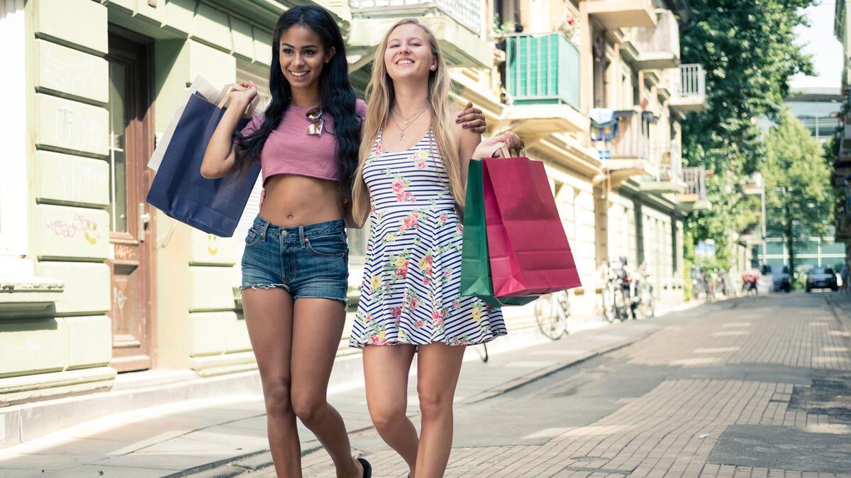 Vom No Go zum Fashion Trend: Diese Styles kannst Du jetzt tragen