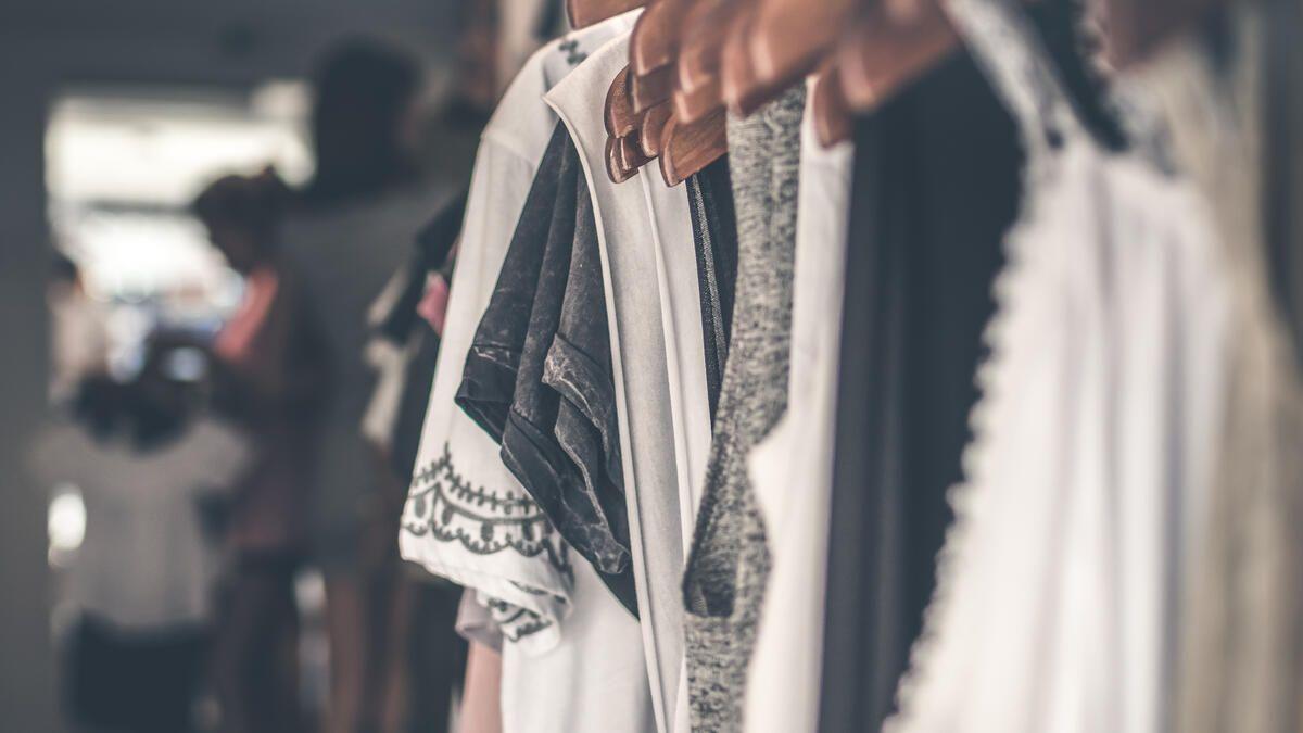 kleider machen leute wie klamotten deinen look verändern können