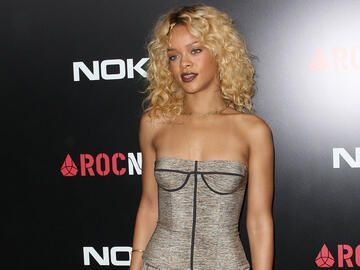 Rihanna Locken