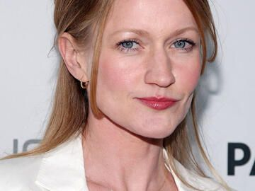 Paula Malcomson als Mrs. Everdeen