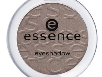 Essence Eyeshadow in Brauntönen