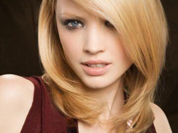 Blonde Halblange Haare