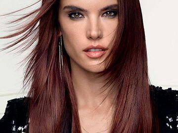 Haarfarbe Burgunder Rot