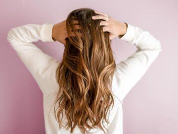 6 Frisuren Die Jungs An Mädchen Heimlich Hassen