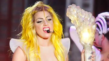 lady-gaga-live-getty-images-557x313-1057591.jpg