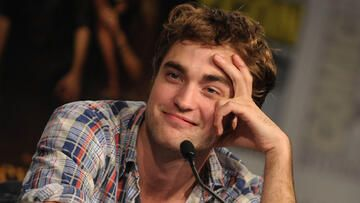 robsessed-robert-pattinson-getty-images-557x313-541350.jpg